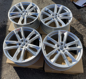 Original Wheels&Tires A4G8601025 BF S S